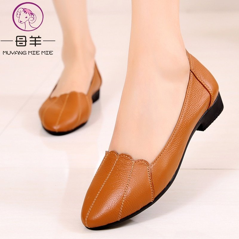 Genuine Leather Solid Pattern & Round Toe Shape Ballet Flat Shoes