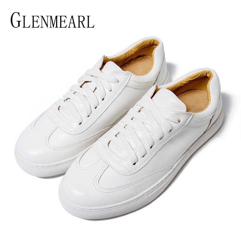 Genuine Leather Round Toe Shape & Rubber Flat Shoes with Lace-up