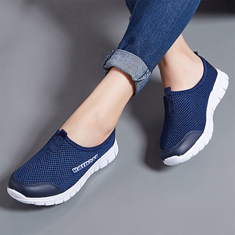 Air mesh Comfortable & Round Toe Shape Flat Shoes with Slip-On