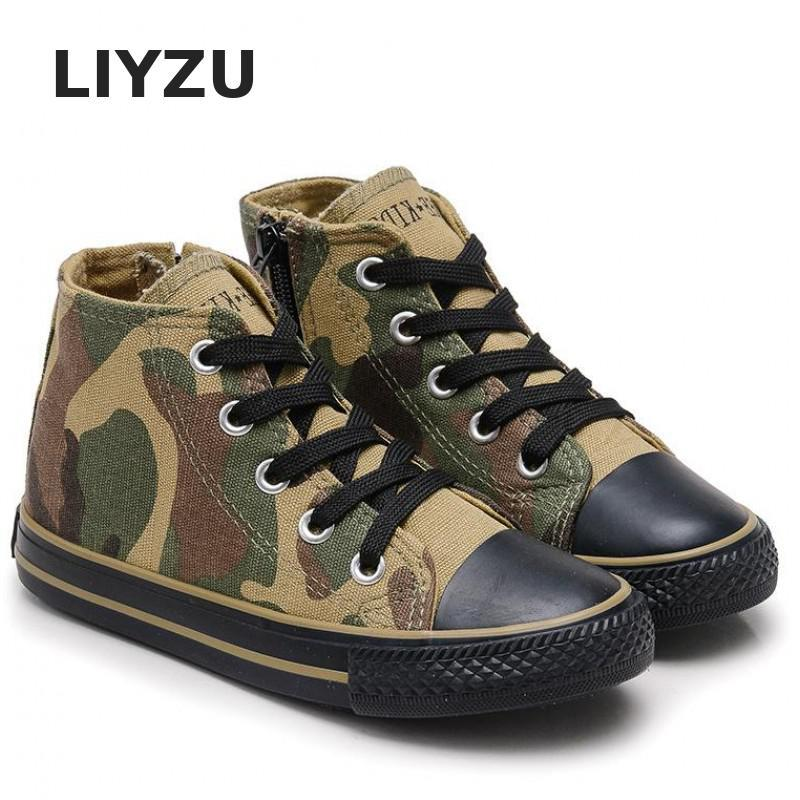 Printed Pattern Latex + Canvas & Pointed Toe Sneakers with Lace-up